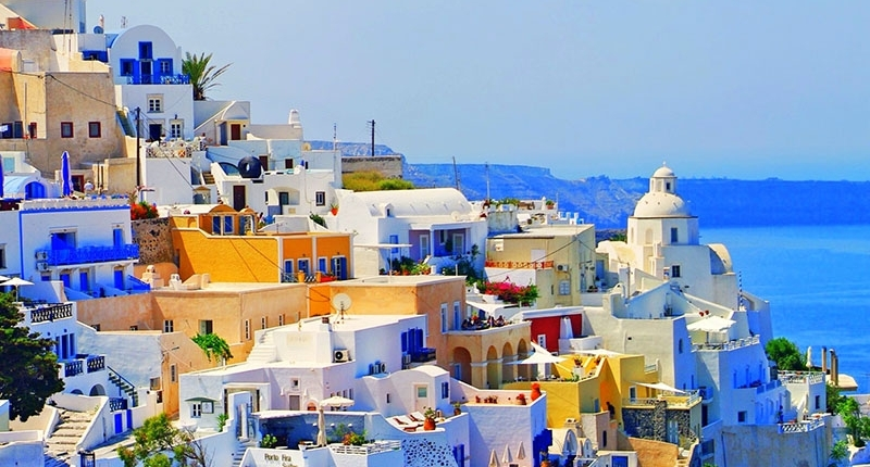 THE MOST POPULAR GOLDEN VISA PROGRAM IN EUROPE: GREECE – 2305 INDIVIDUAL APPLICATION IN 2017
